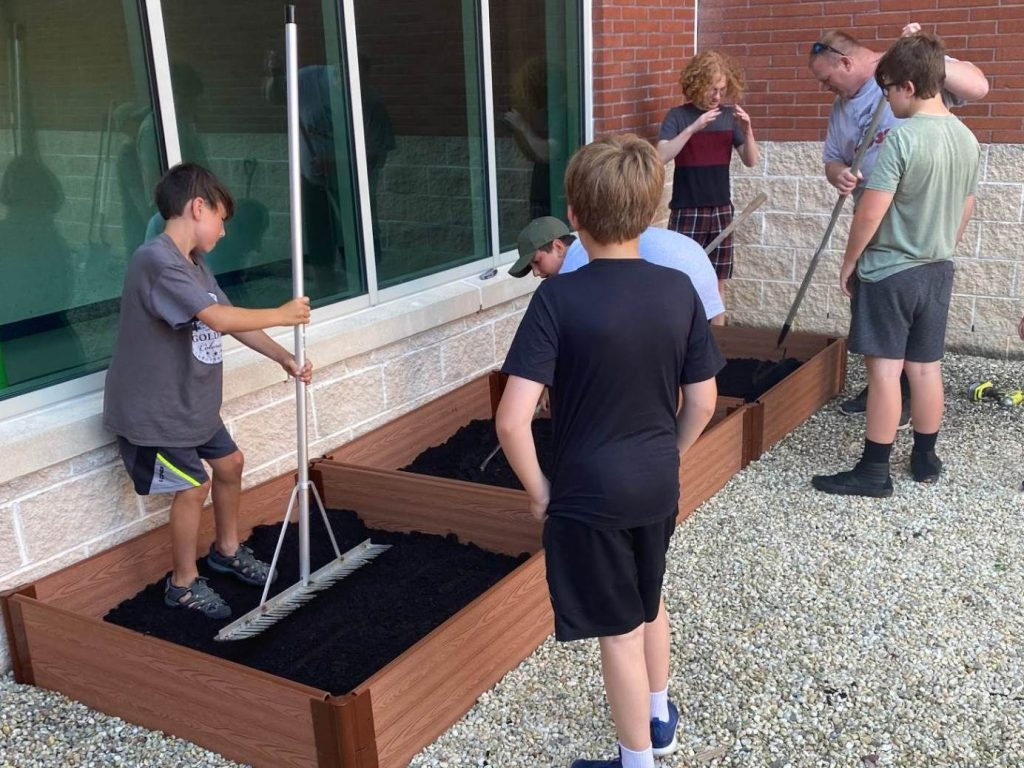 'Nurture by Nature' Takes Root at Intermediate South